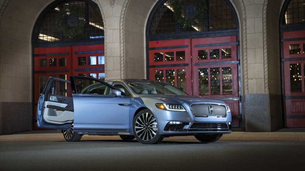 LincolnContinental-CoachDoors_HR_03