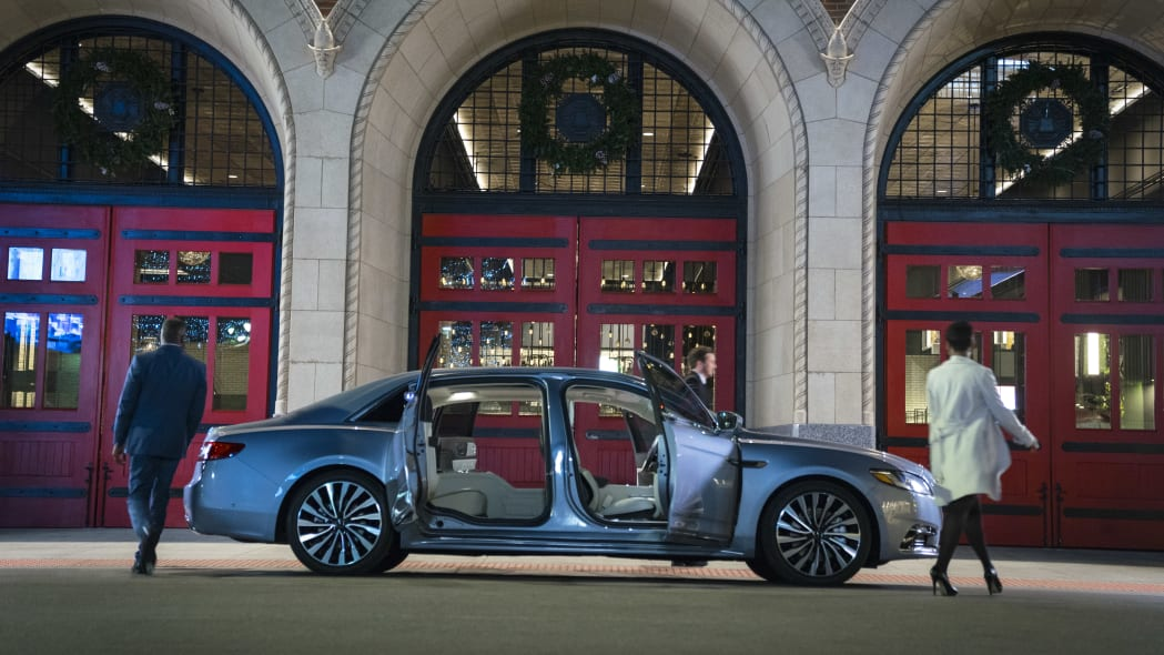 LincolnContinental-CoachDoors_HR_05