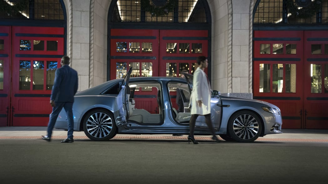 LincolnContinental-CoachDoors_HR_07