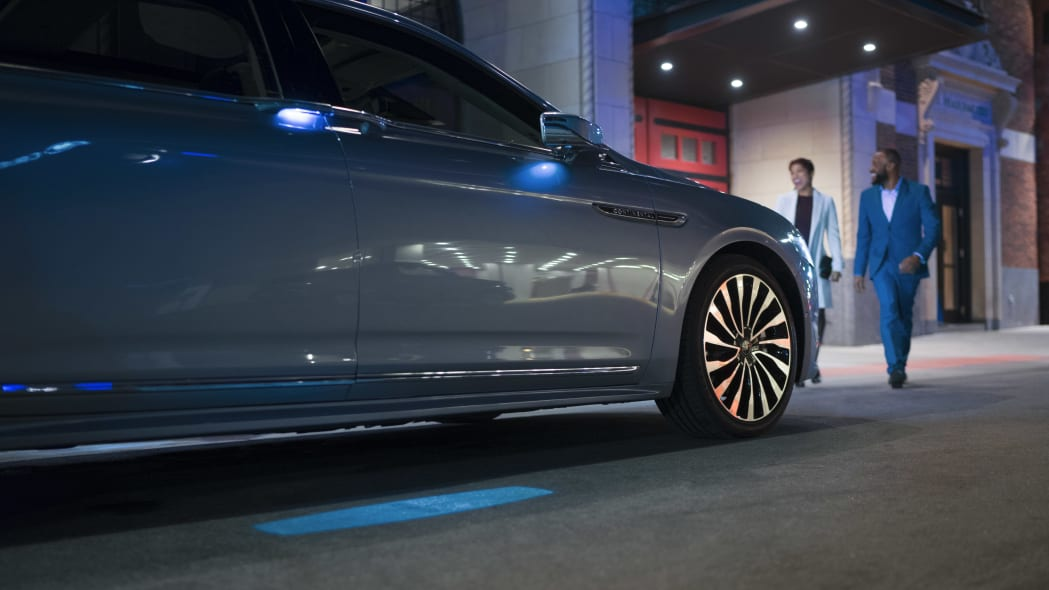 LincolnContinental-CoachDoors_HR_09