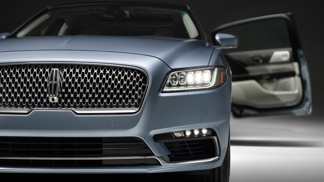 LincolnContinental-CoachDoors_HR_54