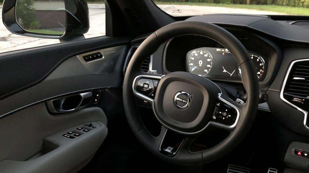 2020 Volvo XC90 T6
