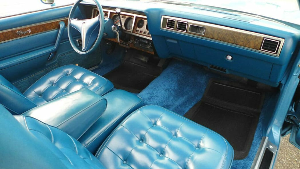 1975 Dodge Charger Daytona dash