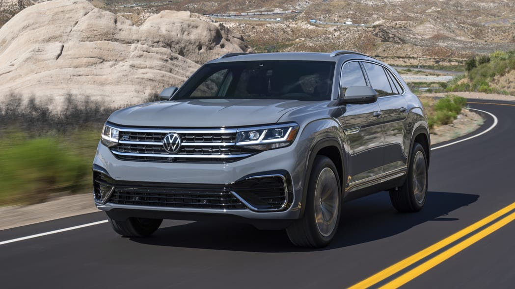 2020 VW Atlas Cross Sport enters the two-row fray