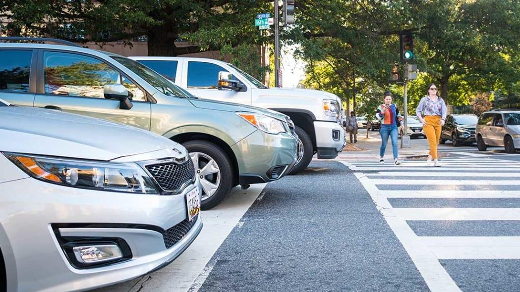 IIHS SUV, truck, car compatibility report