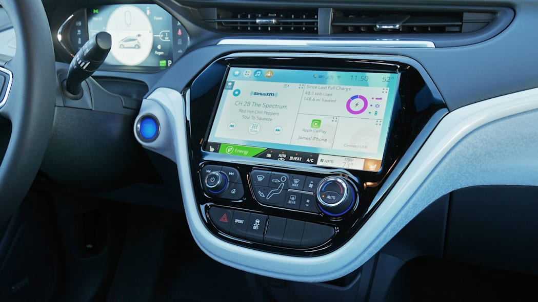 chevy-bolt-int-screen-1