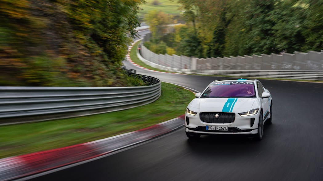 Jag_I-PACE_RACE_eTAXI_Nurburing_05