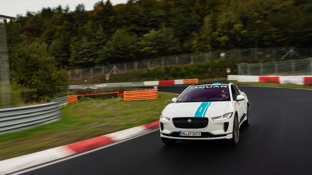 Jag_I-PACE_RACE_eTAXI_Nurburing_06