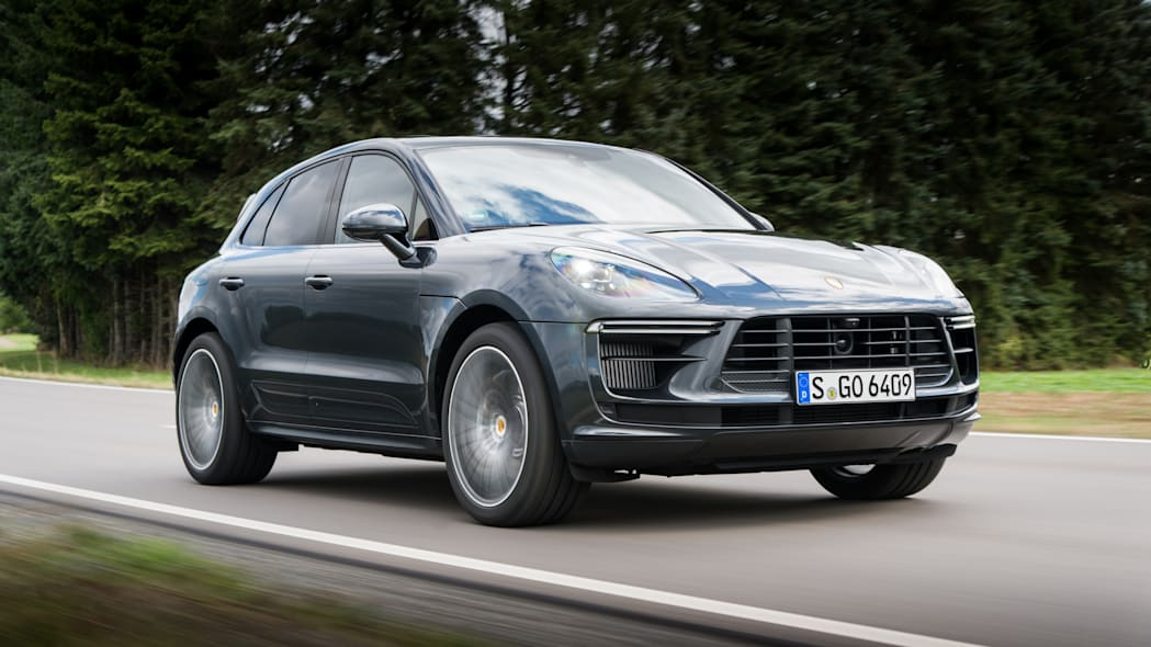 2020_Porsche_Macan_Turbo_Volcano_Grey_Metallic (5)