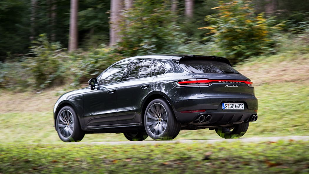2020_Porsche_Macan_Turbo_Volcano_Grey_Metallic (8)