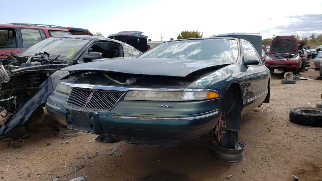 22 - 95 Lincoln Mark VIII in Colorado junkyard - photo by Murilee Martin