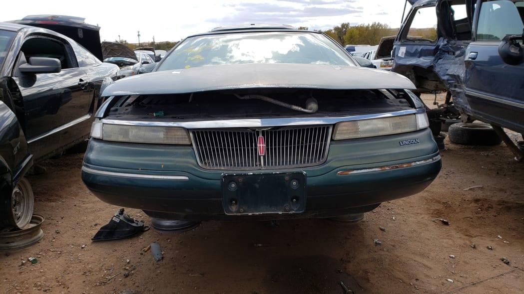 24 - 95 Lincoln Mark VIII in Colorado junkyard - photo by Murilee Martin