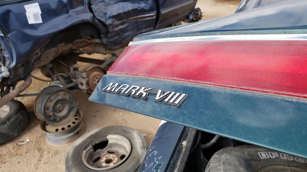 27 - 95 Lincoln Mark VIII in Colorado junkyard - photo by Murilee Martin