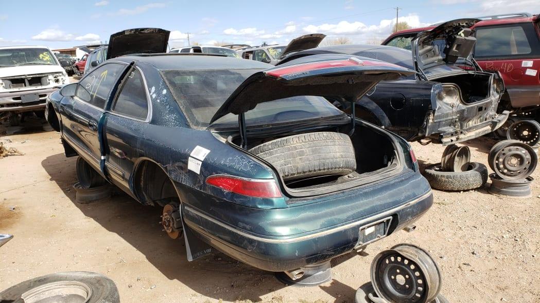 33 - 95 Lincoln Mark VIII in Colorado junkyard - photo by Murilee Martin