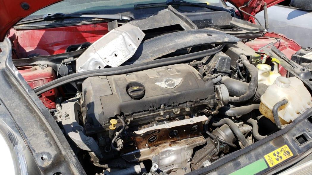 Junkyard Gem: 2007 MINI Cooper