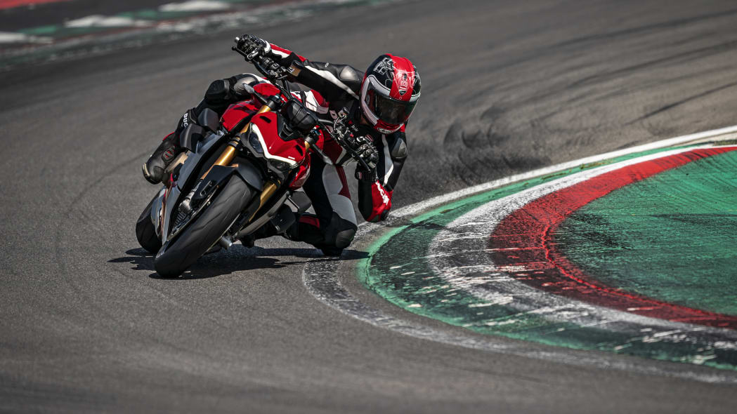 2020-ducati-sf-official-4