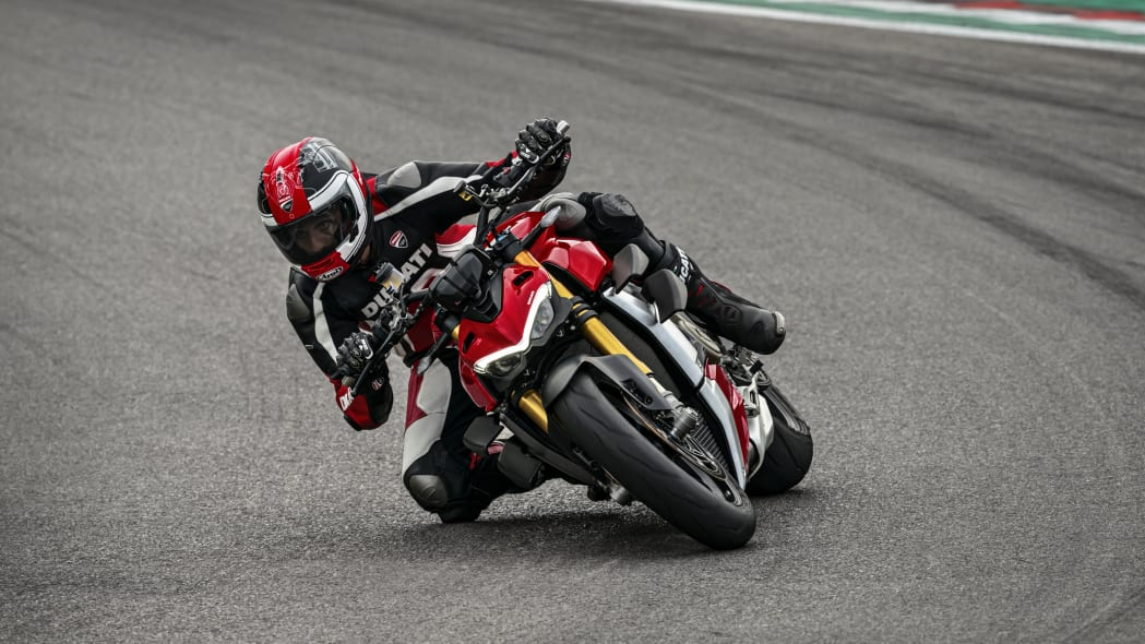 2020-ducati-sf-official-6