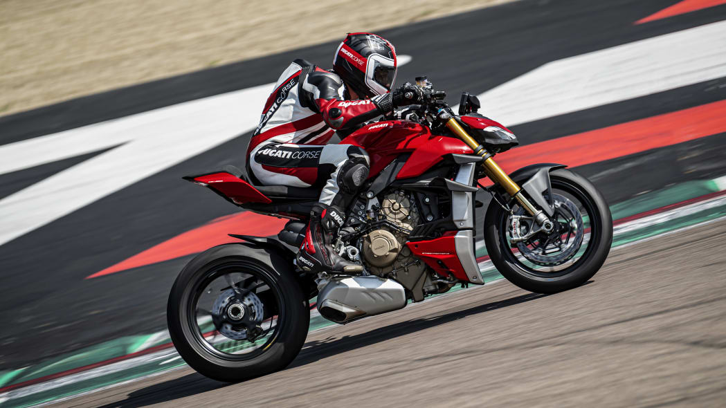 2020-ducati-sf-official-9