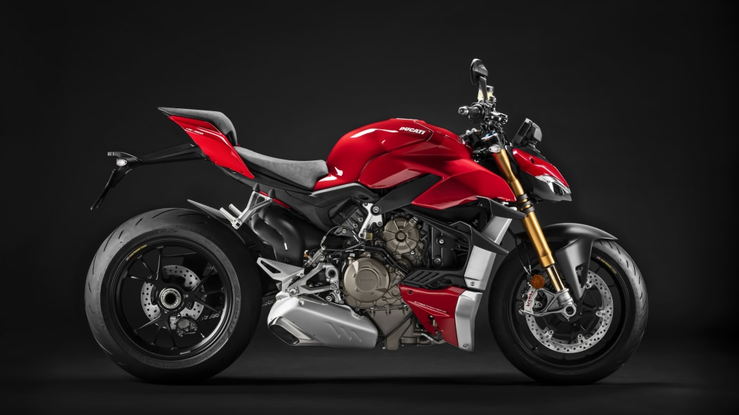 2020-ducati-sf-official-15