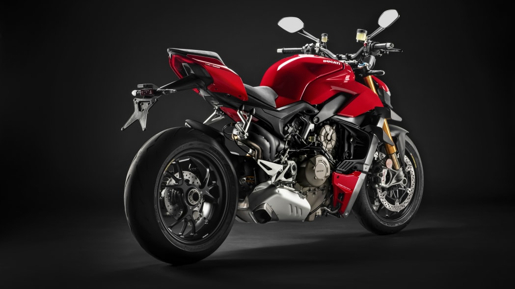 2020-ducati-sf-official-18