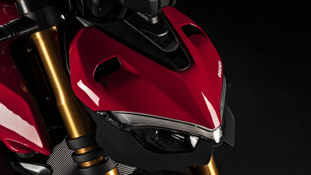 2020-ducati-sf-official-21