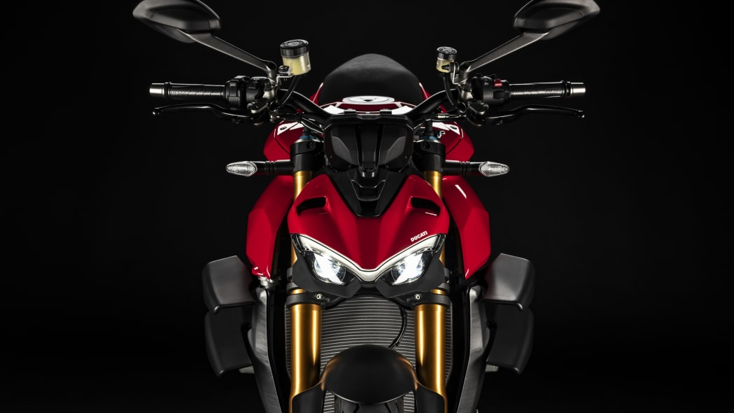 2020-ducati-sf-official-23
