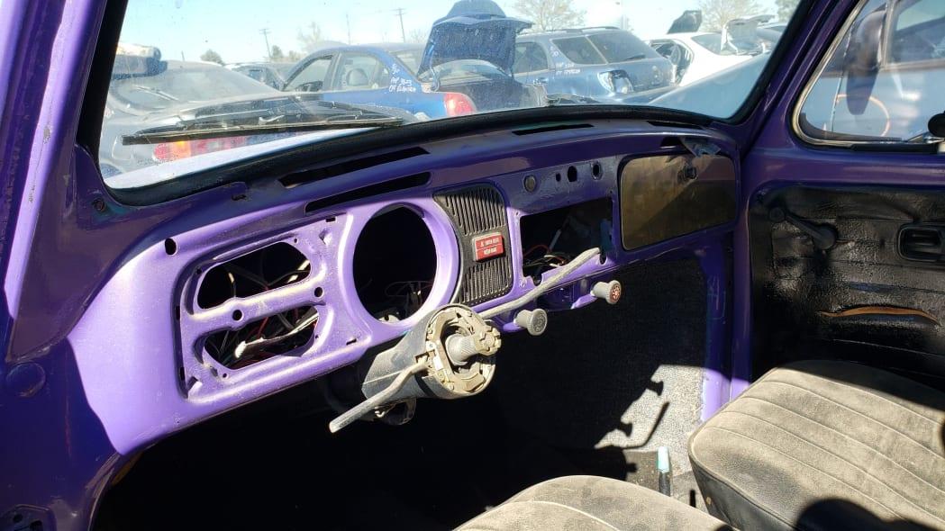 06 - 1974 Volkswagen Beetle in Colorado junkyard - photo by Murilee Martin