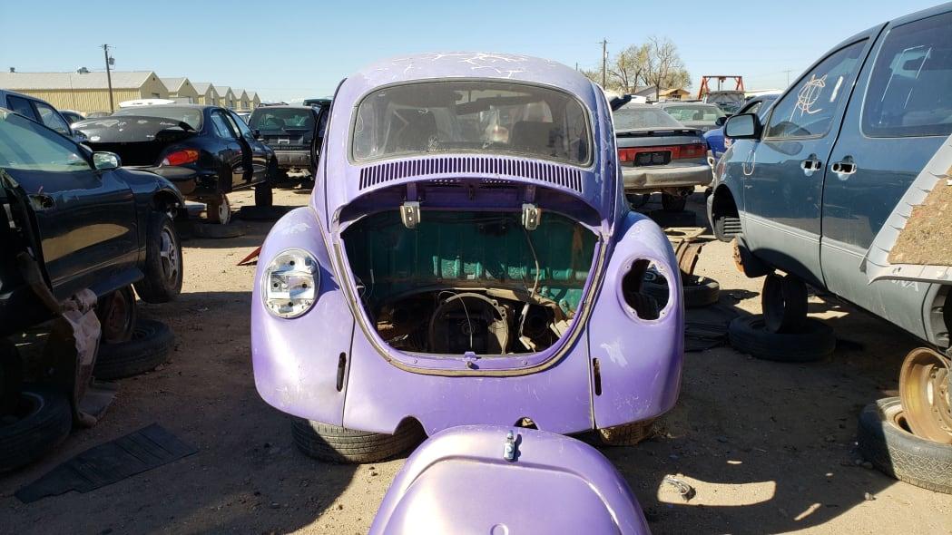 23 - 1974 Volkswagen Beetle in Colorado junkyard - photo by Murilee Martin