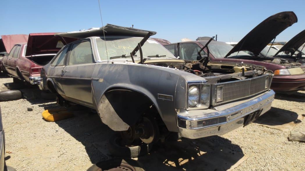 00 - 1978 Chevrolet Nova in California junkyard - photo by Murilee Martin