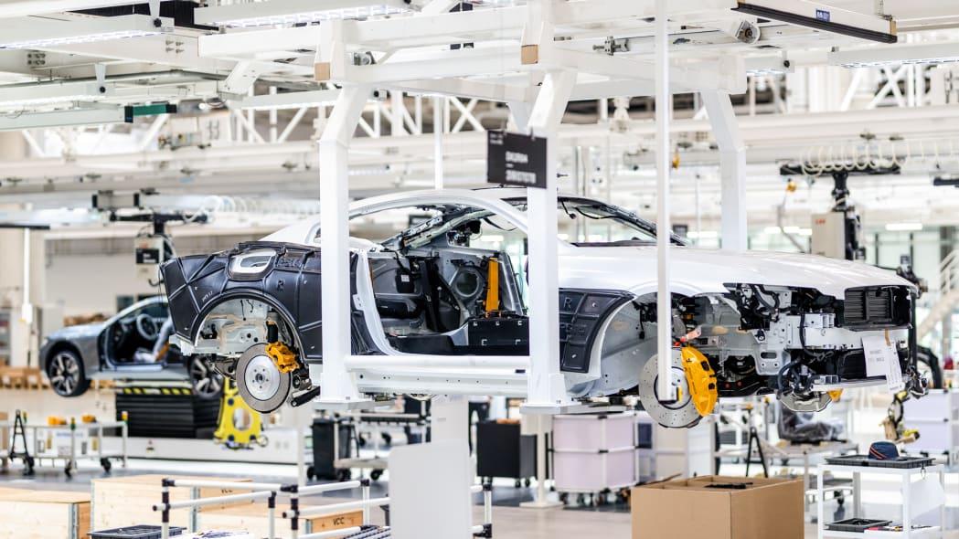 polestar-chengdu-production-centre-polestar-1-007-assembly