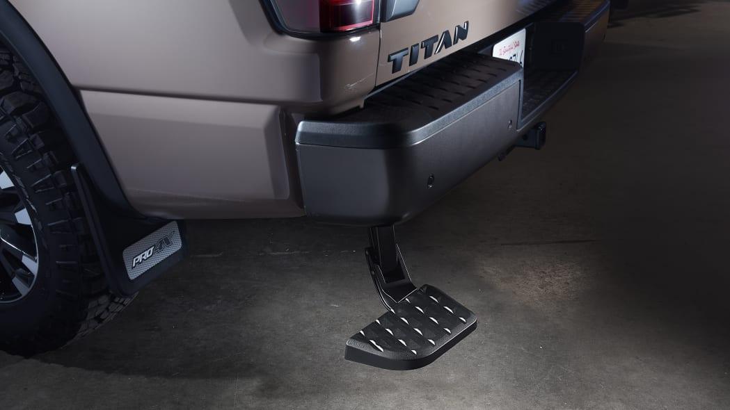 2020 Nissan TITAN Genuine Nissan Accessory