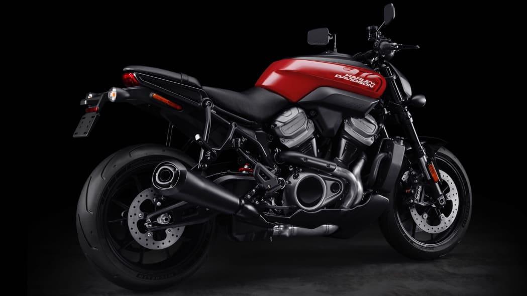 [Imagem: harley-davidson-bronx-streetfighter-motorcycle-04.jpg]