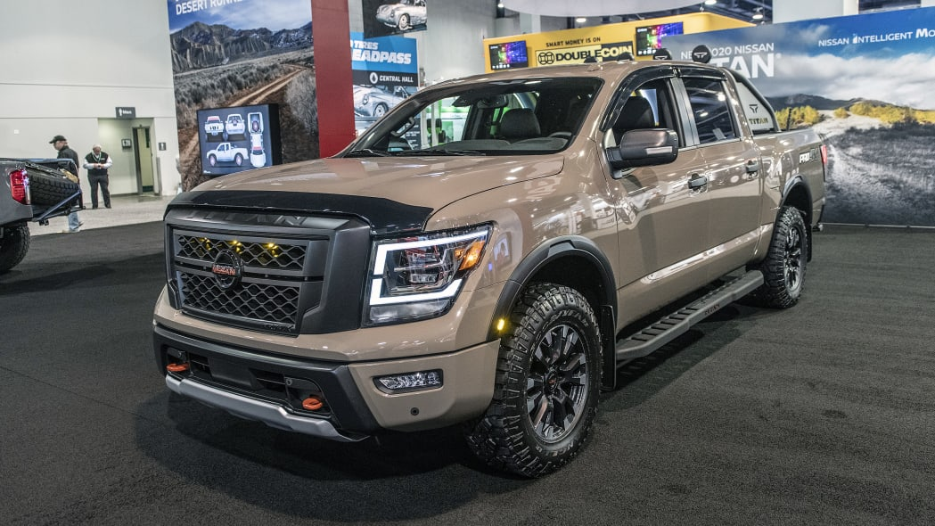 2020-nissan-titan-genuine-accessories-sema-01
