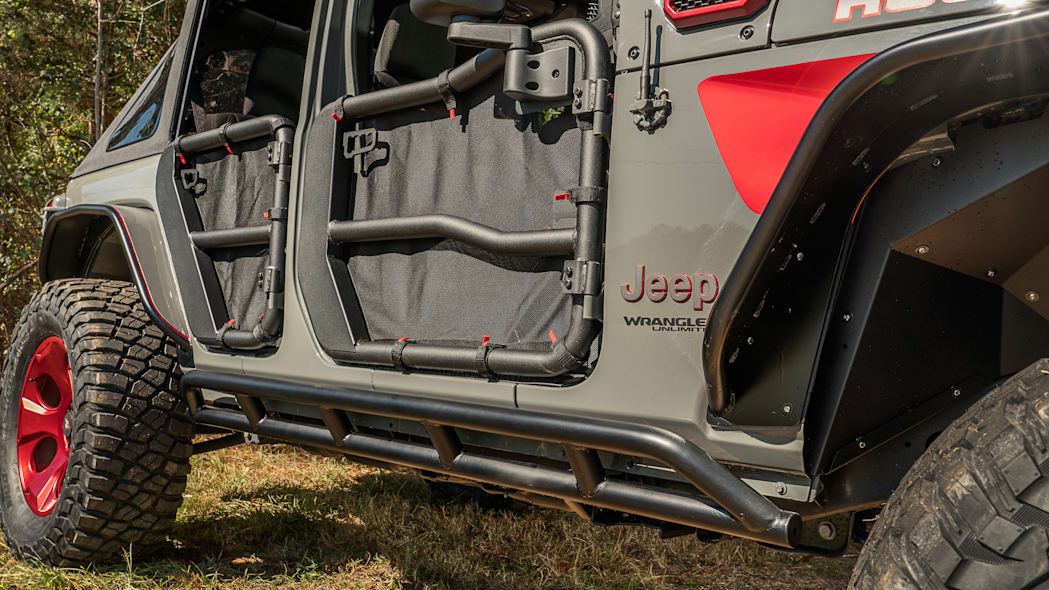 rugged_ridge_jeep_wrangler_unlimited_rubicon_sema_2019_012