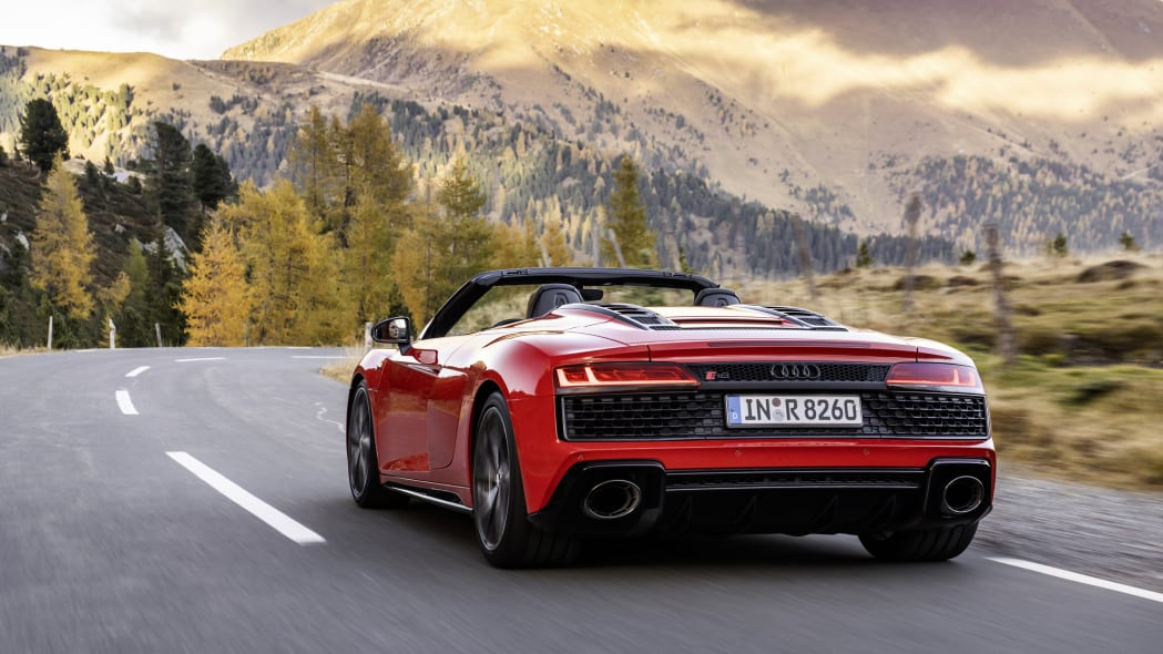 2020 Audi R8 V10 RWD Coupe and Spyder