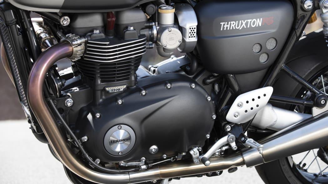 triumph-thruxton-rs-14