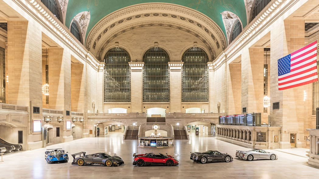 paganis-displayed-in-grand-central-1