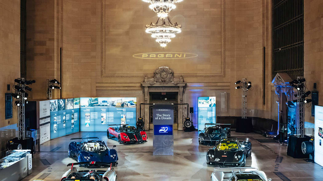 paganis-displayed-in-grand-central-7