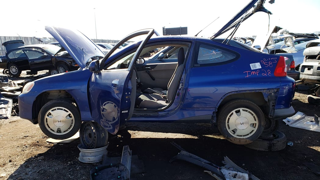 02 - 2001 Honda Insight in Colorado junkyard - photo by Murilee Martin