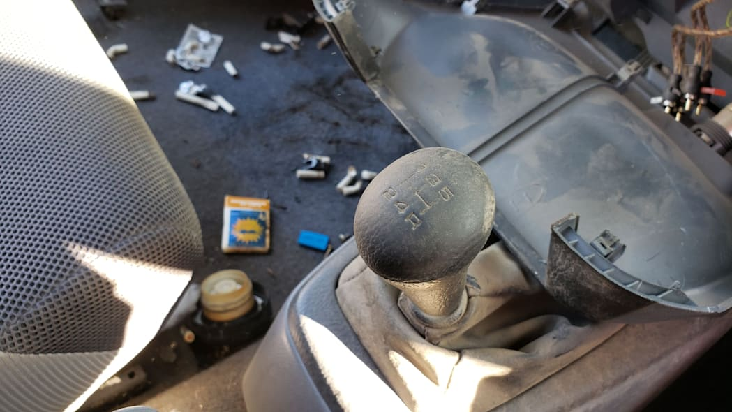 12 - 2001 Honda Insight in Colorado junkyard - photo by Murilee Martin