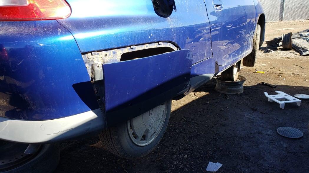 14 - 2001 Honda Insight in Colorado junkyard - photo by Murilee Martin