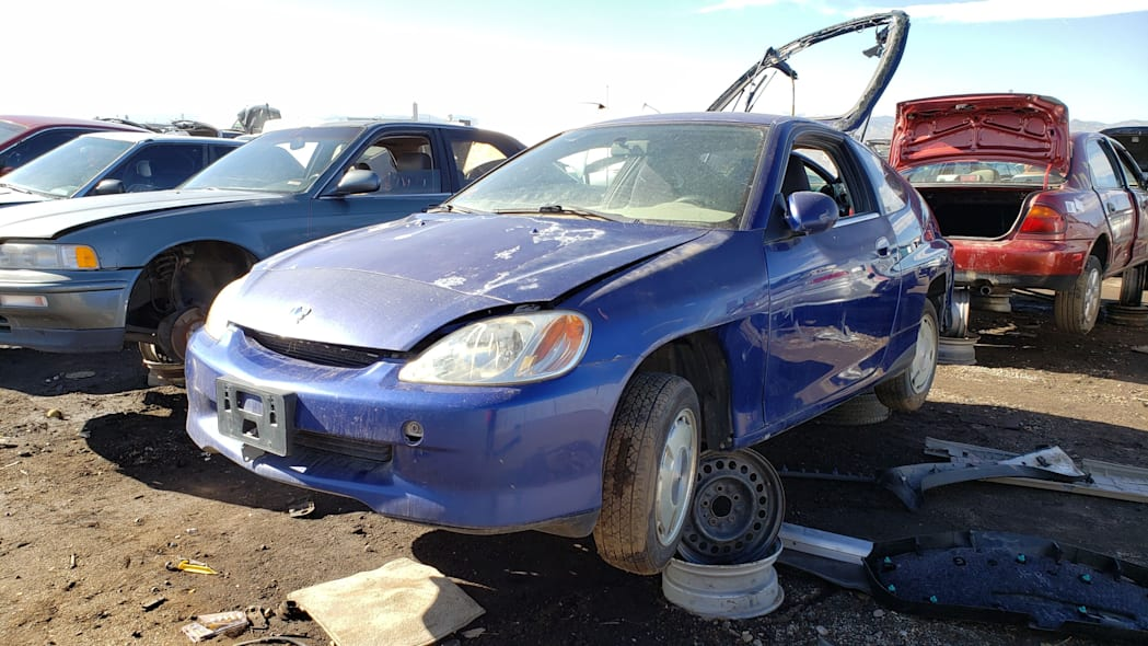 31 - 2001 Honda Insight in Colorado junkyard - photo by Murilee Martin