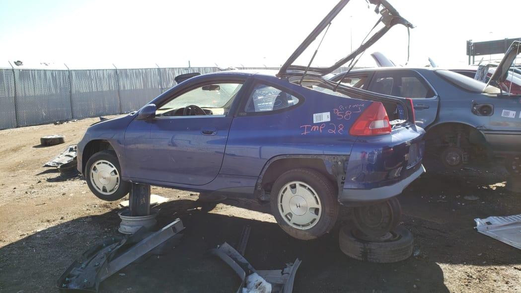 37 - 2001 Honda Insight in Colorado junkyard - photo by Murilee Martin