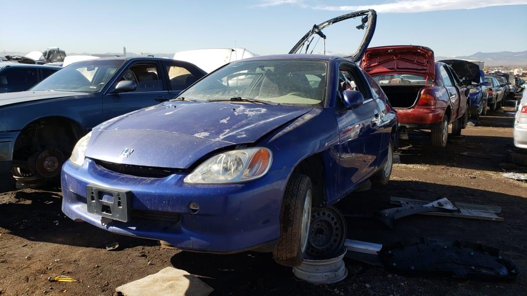 47 - 2001 Honda Insight in Colorado junkyard - photo by Murilee Martin
