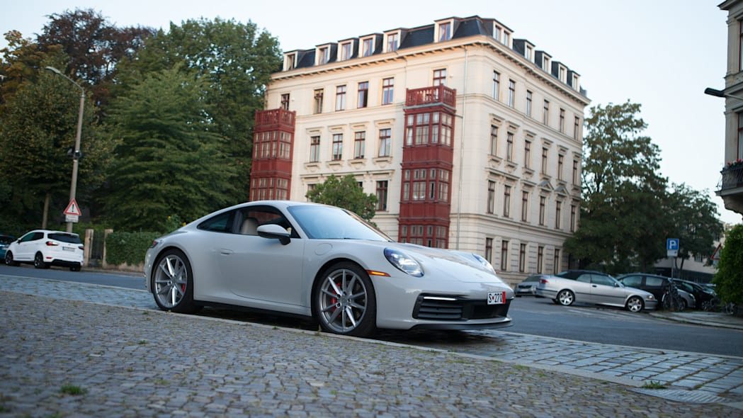 2020-porsche-911-roadtrip-germany-991