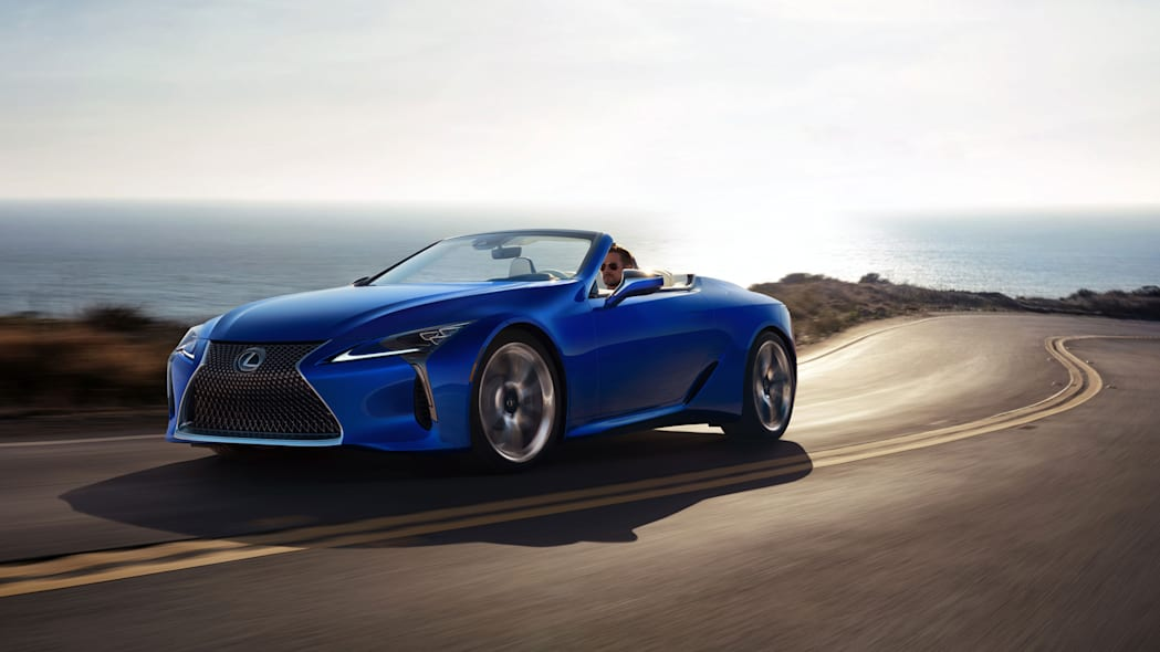 2021_Lexus_LC_500_Convertible_07