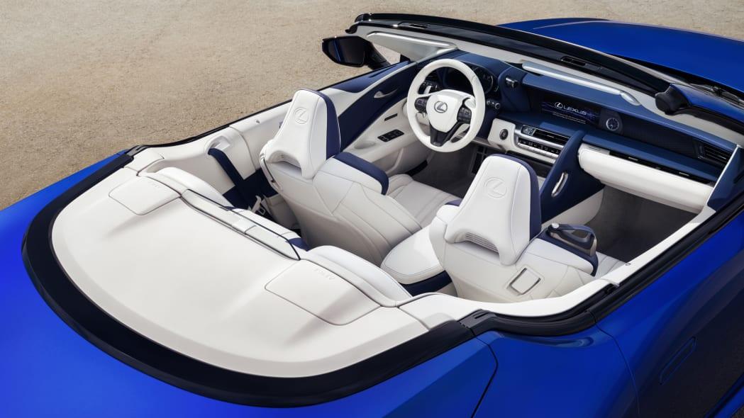 2021_Lexus_LC_500_Convertible_09
