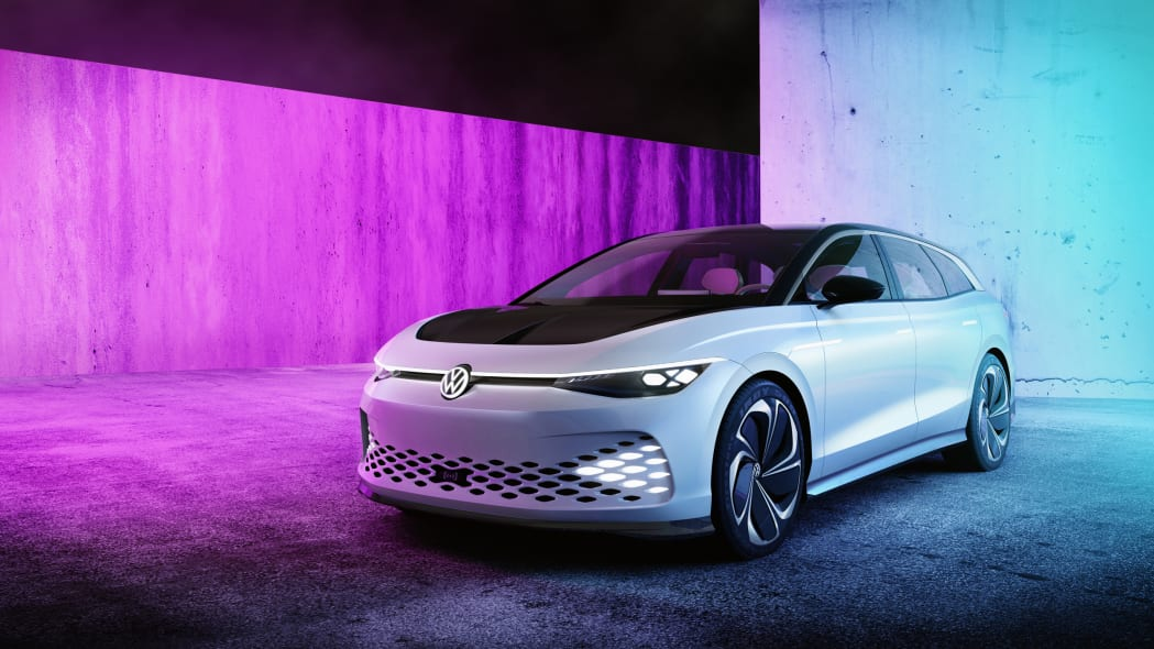 Volkswagen's ID Space Vizzion is a high-tech, apple-flavored wagon concept
