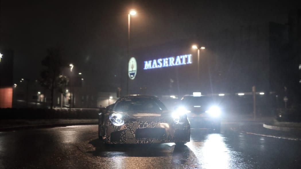 2020 - [Maserati] MC20 Maserati-sports-car-spy-shots2