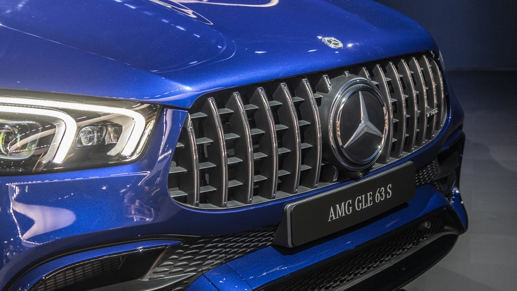 2021-mercedes-amg-gle-63-s-la-08
